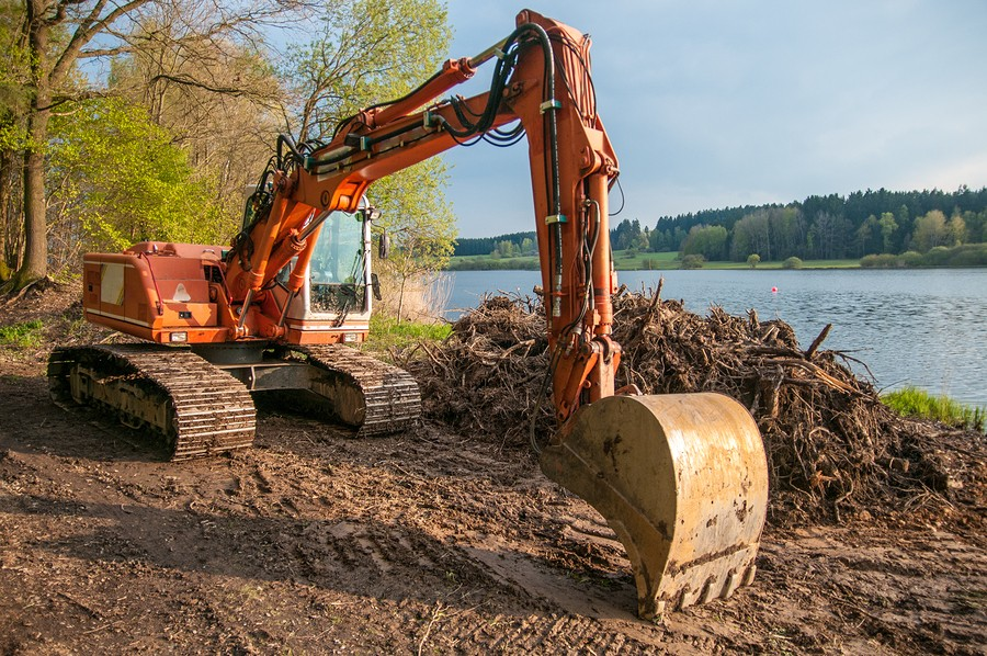 excavating by water